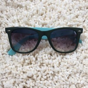 Accessories - Teal & Green Sunglasses
